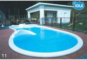 iGUi: maior rede de piscinas de fibra de vidro de todo o mundo