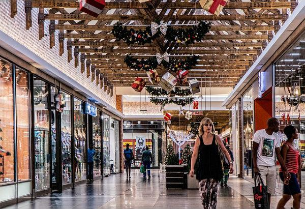 Benefícios de instalar a sua franquia em shoppings